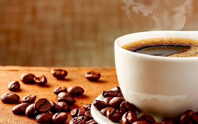Jak se vyrábí káva bez kofeinu