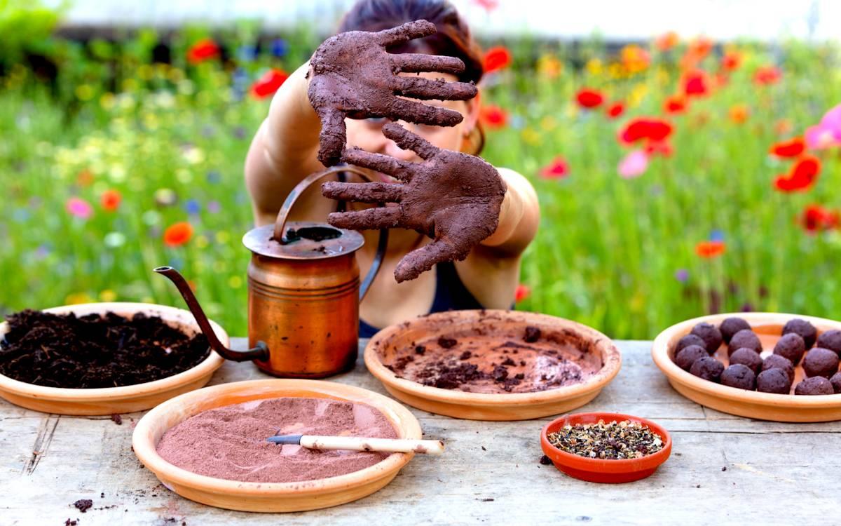 Zábavné jarní tvoření pro rodiny s dětmi: Semínkové bomby, mandaly a jiné pokusy